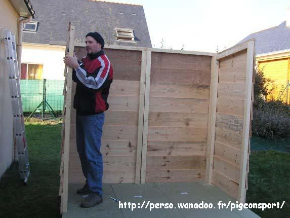 fabrication d un pigeonnier en bois rev tements modernes du toit. Black Bedroom Furniture Sets. Home Design Ideas