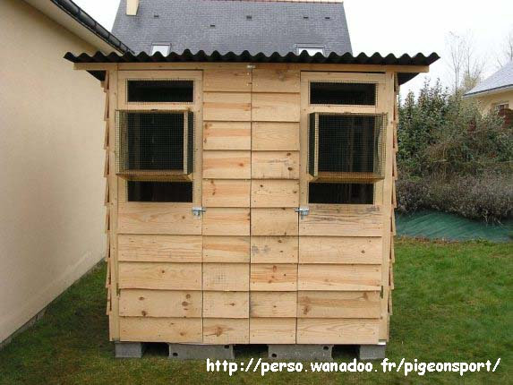 Pigeon Loft Construction Plans http://pigeonsport.pagesperso-orange.fr/pigeonnier_en.htm